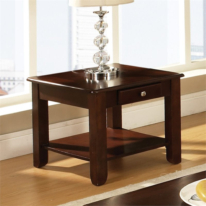 Steve Silver Nelson End Table in Cherry