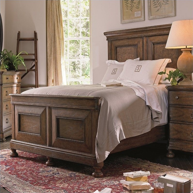 Stanley Furniture European Farmhouse Queen Panel Bed in Blond