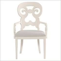 Stanley Furniture Coastal Living Cottage Wayfarer Arm Chair in Sand Dollar