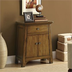 Monarch Traditional Accent Chest in Distressed Brown