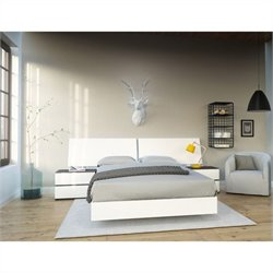 4 Piece Full Bedroom Set in White and Ebony