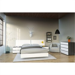 5 Piece Full Bedroom Set in White and Ebony