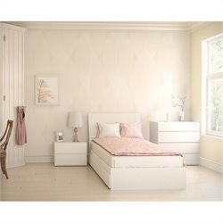 Nexera Blvd 4 Piece Bedroom Set in White Lacquer and Melamine