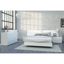 6 Piece Queen Bedroom Set in White Lacquer and Melamine