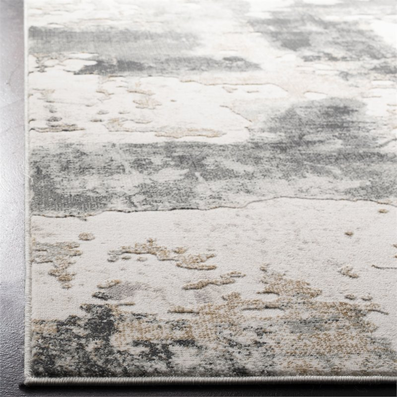 Safavieh Vogue 8' x 10' Rug in Beige and Charcoal