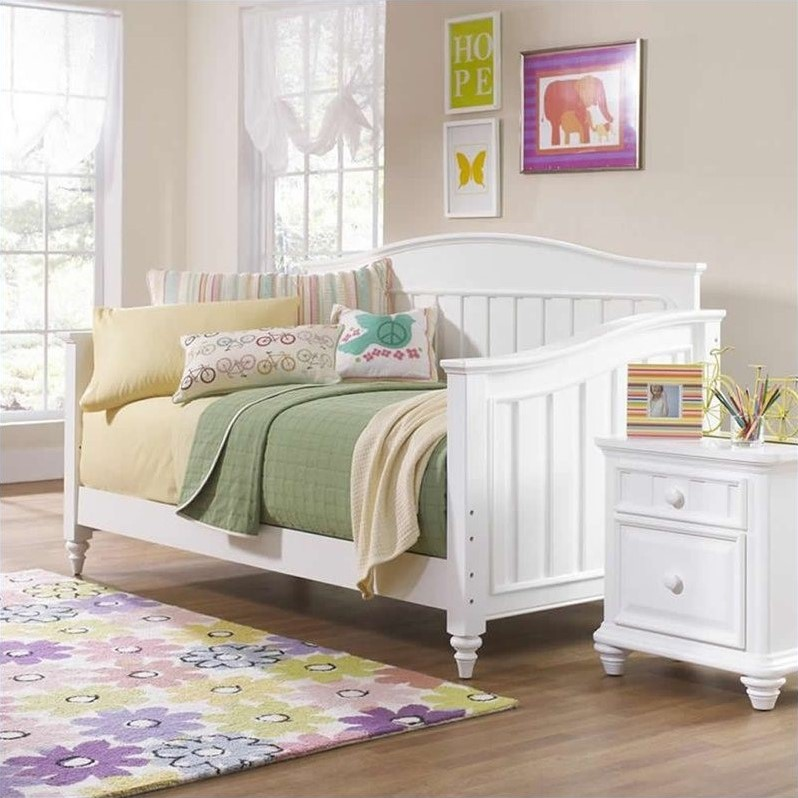Summer Time Daybed in White