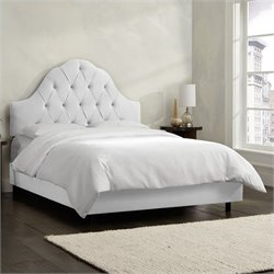 Skyline Furniture Arch Tufted Bed in White - California King