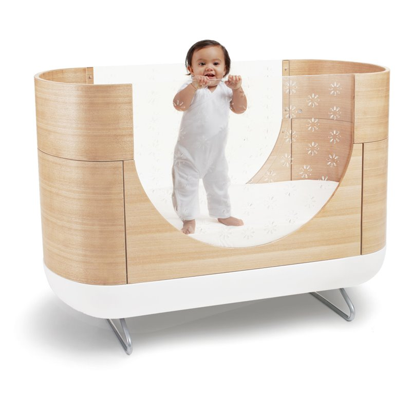 Ubabub Cocoon Shaped Pod Crib in Natural Brown