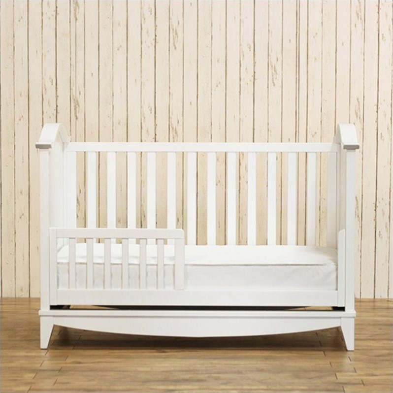Franklin & Ben Arlington 3-in-1 Convertible Crib in White
