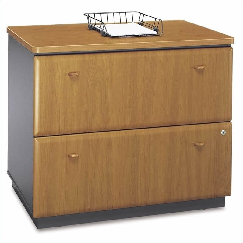 Bush BBF Series A 10-Piece U-Shape Corner Set with Hutch in Natural Cherry