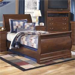 Wilmington Wood Sleigh Bed in Brown
