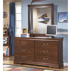 Ashley Wilmington 2 Piece Wood Dresser Set in Brown