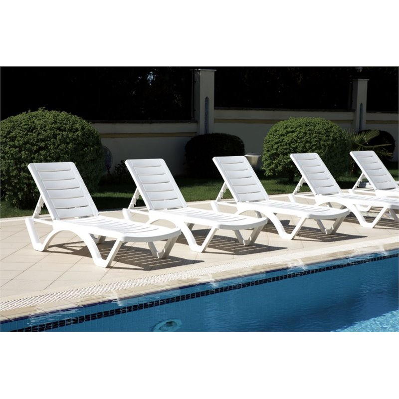 Compamia aqua pool chaise lounge in white isp076 whi for Aqua chaise lounge cushions