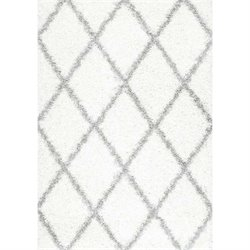 Nuloom 5'3 x 7'6 Shanna Shaggy Rug in White