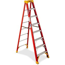 R D Werner Fiberglass 8' Step Ladder