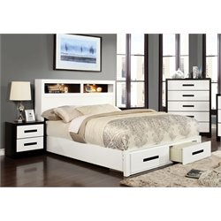 Dimartino 3 Piece Bedroom Set in White and black