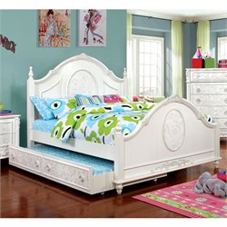 Aneissa Full Bed in White