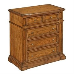 Bowery Hill 4 Drawer Chest in Oak