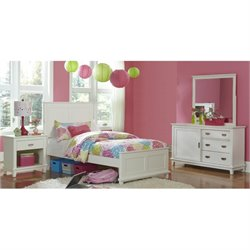 Bowery Hill 4 Piece Panel Bedroom Set in White -1397