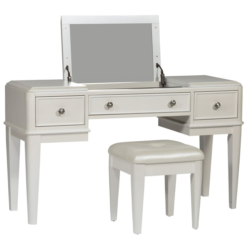 Bowery Hill 2 Piece Bedroom Vanity Set in White