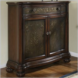 Pulaski Accents 1 Drawer Accent Chest in Gem Finish