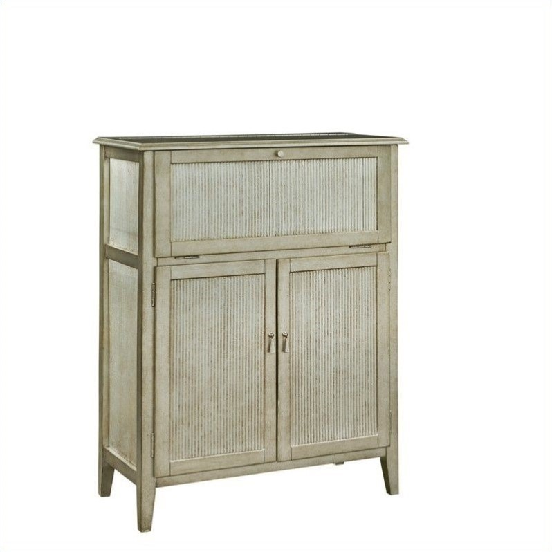 Pulaski Accent Home Bar In Franco Finish 766066