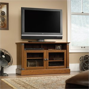 Panel TV Stand in Washington Cherry