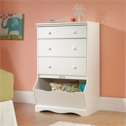 3 Drawer Chest in Soft White Finish