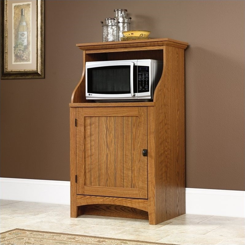 Summer Home Gourmet Stand in Carolina Oak Finish
