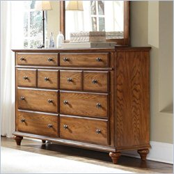 Broyhill Hayden Place Drawer Dresser in Golden Oak