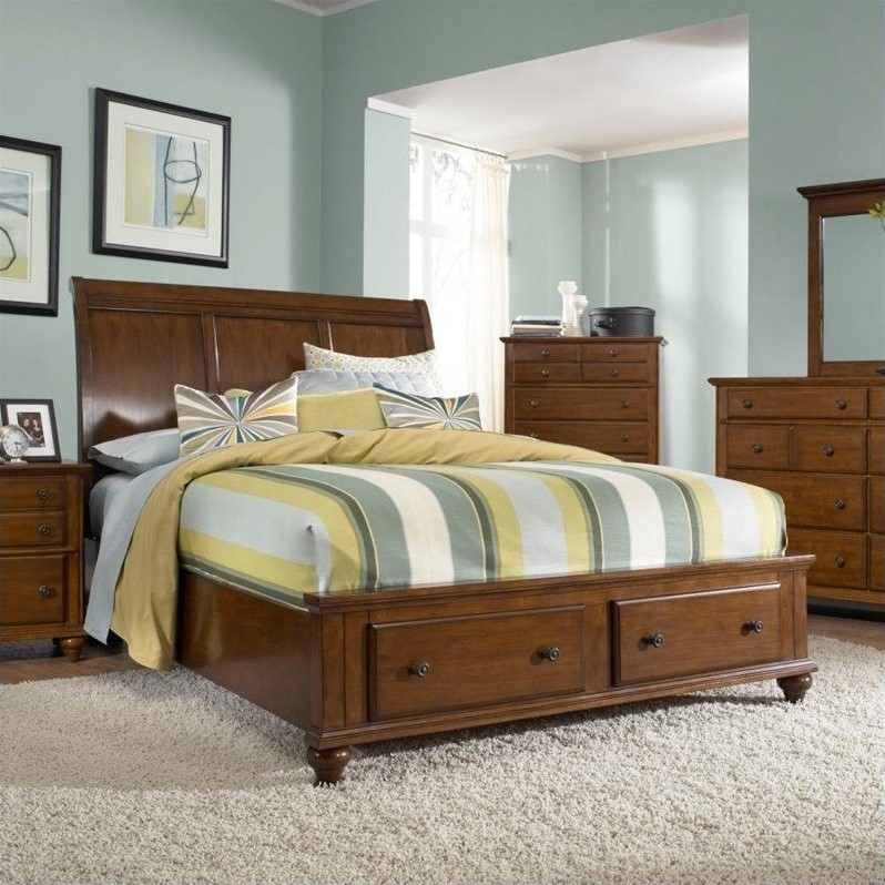 Broyhill Hayden Place Sleigh Storage Bed in Light Cherry