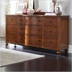 Broyhill Creswell Drawer Dresser in Cherry