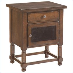 Broyhill Attic Heirlooms Chairside Table in Rustic Oak