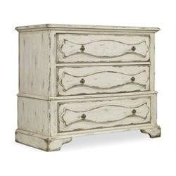 Hooker Sanctuary 3 Drawer Accent Chest in Chalky White