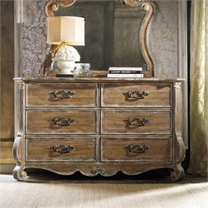 Hooker Furniture Chatelet 6 Drawer Dresser in Caramel Froth