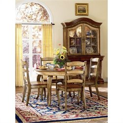 Hooker Furniture Vineyard Round Dining Table with 20 Inch leaf