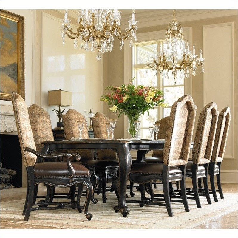 Grandover Rectangular Dining Table with 2 Leaves