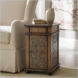 Hooker Furniture Seven Seas Embossed Design Accent Chairside Table