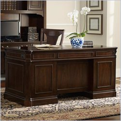 Hooker Furniture Westbury 66 Inch Executive Desk