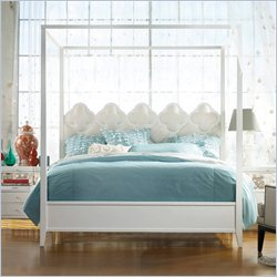 Hooker Furniture Melange Quatrefoil Poster Canopy Bed in White - Queen