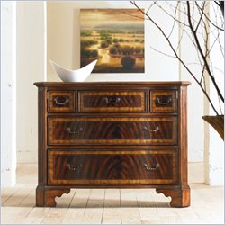 Hooker Furniture 5-Drawer Chest in Mahogany
