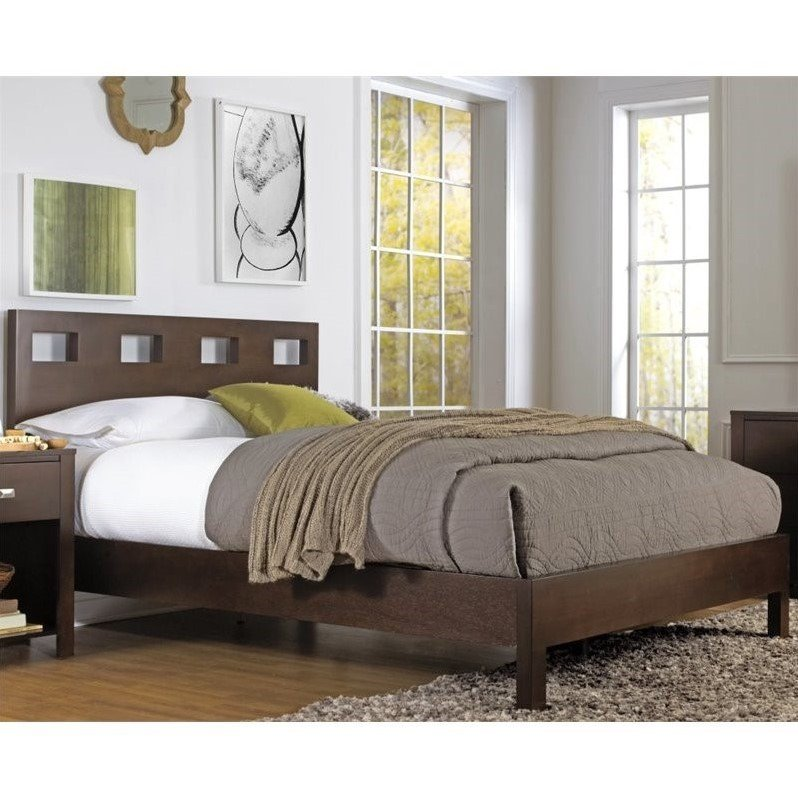 Riva Platform Bed in Chocolate Brown