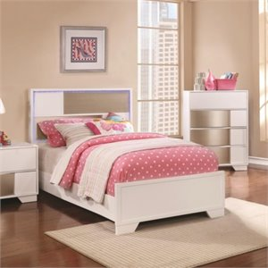MER1219 Coaster Havering LED Light Bed in Blanco and Sterling