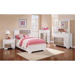 Coaster Havering 5 Piece LED Panel Bedroom Set in Blanco-X