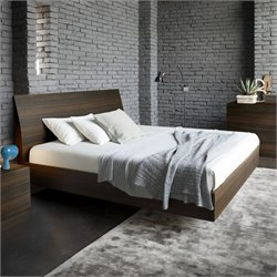 Rossetto Vela Queen Platform Bed in Oak