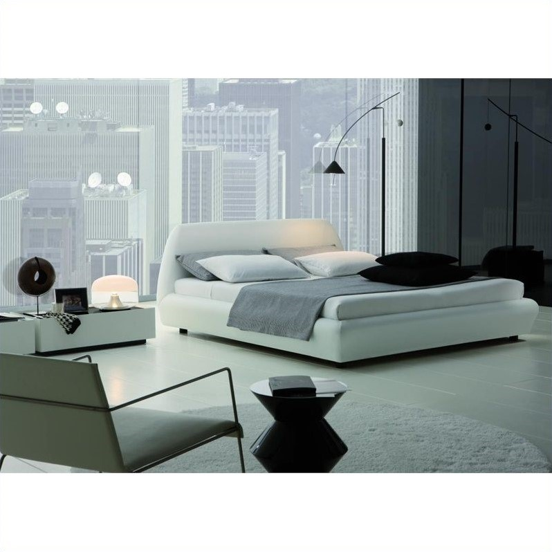 Rossetto Downtown Platform Bed in White