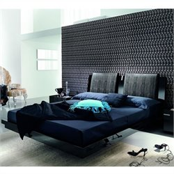 Rossetto Diamond Platform Bed in Black - Queen