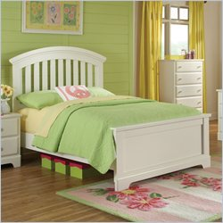Standard Furniture Reagan Bed in White - Full