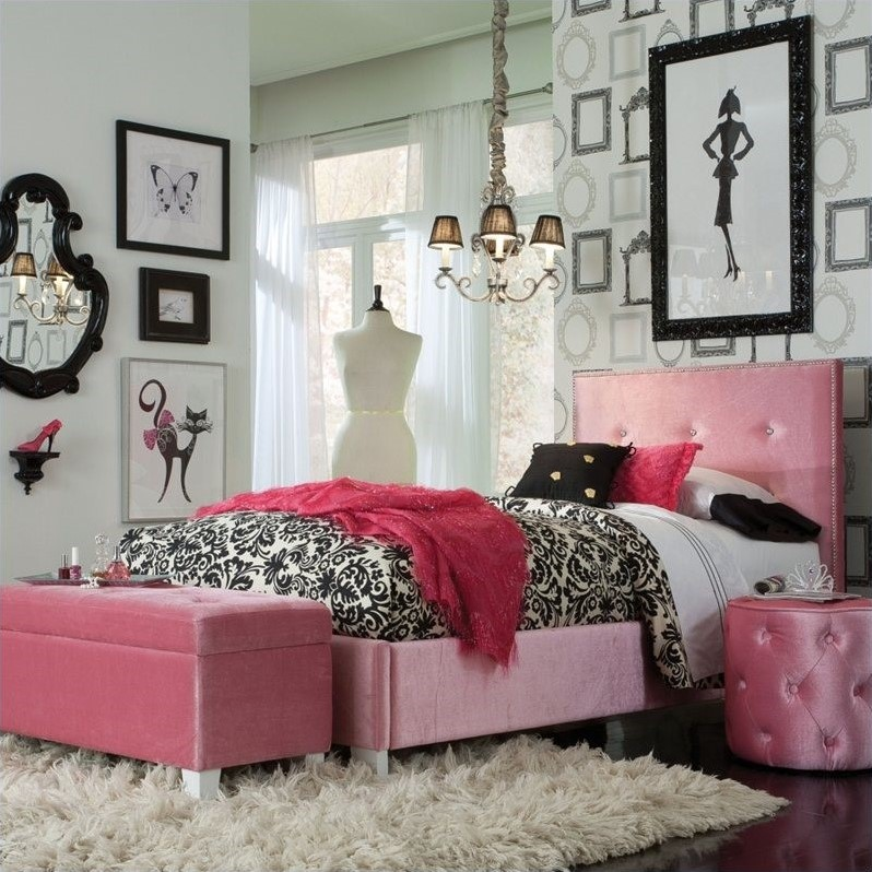 Young Parisian Bed in Pink