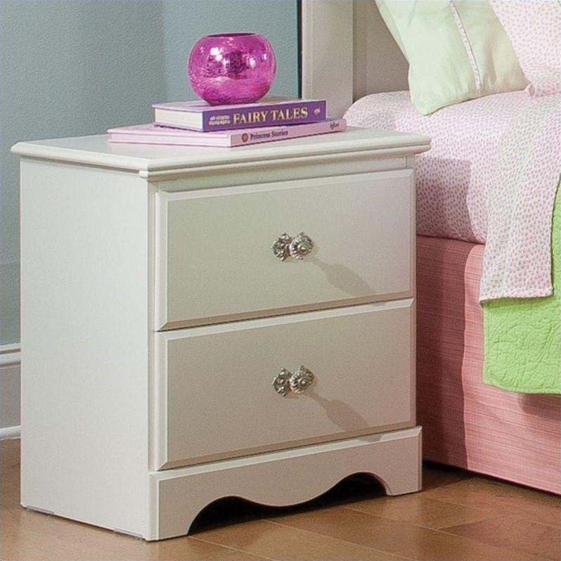 Daphne 2 Drawer Nightstand in White Finish
